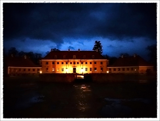 moesgaard-night